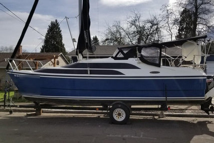 Macgregor 26M for sale in United States of America for $25,800 (£19,943)