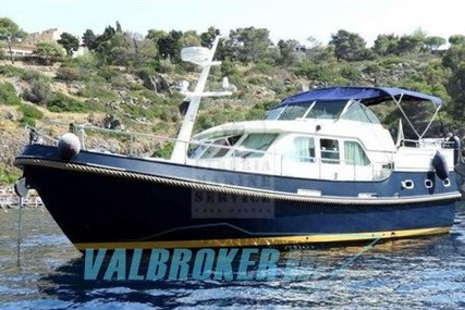 Linssen 410 AC for sale in Italy for €195,000 (£172,972)