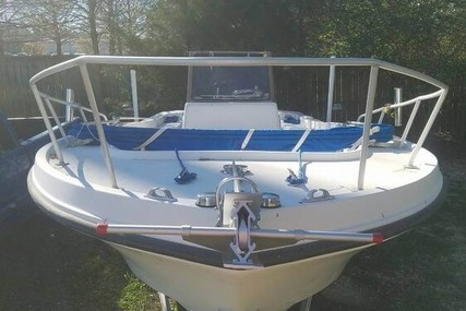 Mako 21 B for sale in United States of America for $18,500 (£13,245)