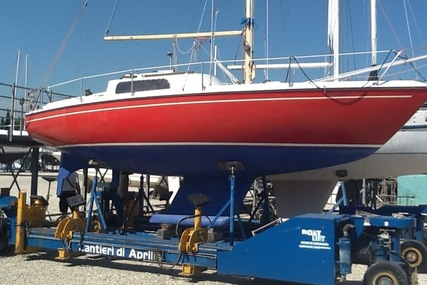 Jeanneau 7.60 for sale in Italy for €13,000 (£11,365)
