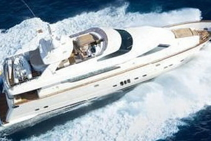 Elegance Yachts 90 Dynasty for sale in Germany for €1,095,000 (£957,335)