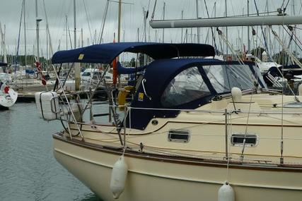 Island Packet 320 for sale in Greece for £67,500