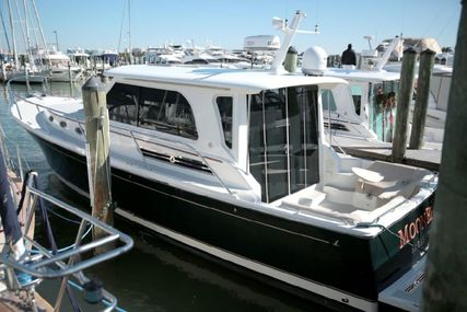 Back Cove 37 Cruiser for sale in United States of America for $510,000 (£388,335)