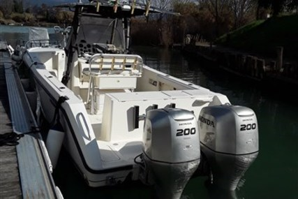 Pursuit 2670 Cuddy Center Console for sale in Italy for €39,000 (£34,352)