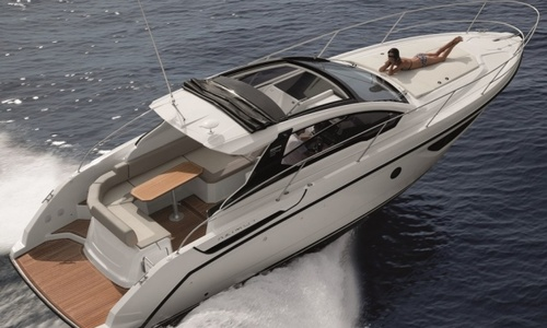 Image of Azimut Yachts Atlantis 34 for sale in United Kingdom for £257,250 Chertsey, River Thames, United Kingdom