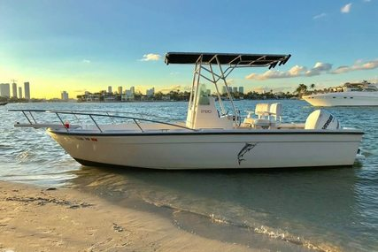 Robalo 2120 for sale in United States of America for 15.500 $ (11.068 £)