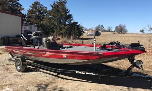 Image of Triton VT19 Tournament Sport for sale in United States of America for $14,500 (£11,371) Gainesville, Texas, United States of America