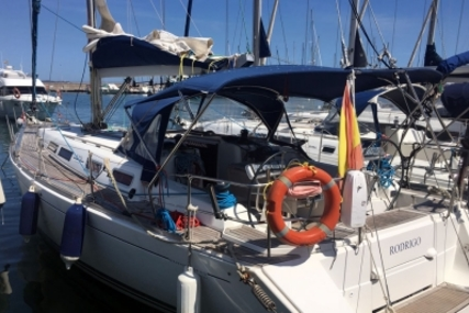 Dufour 425 Grand Large for sale in Spain for €129,000 (£112,378)