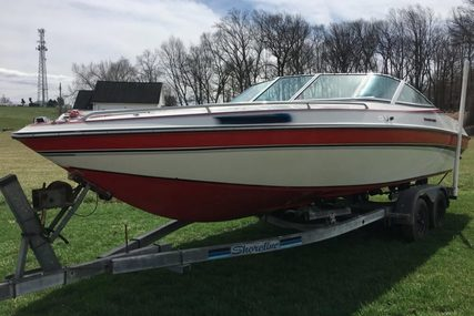 Chris-Craft 225 Limited for sale in United States of America for $9,800 (£7,384)