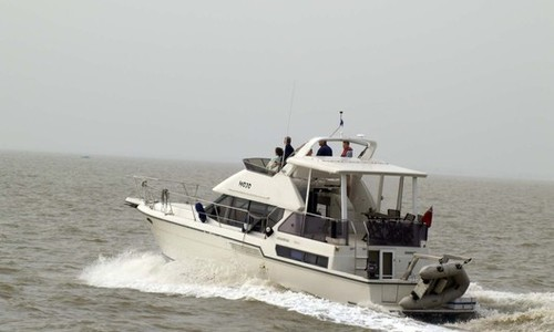 Image of Carver 390 for sale in United Kingdom for £77,950 Boats.co., United Kingdom