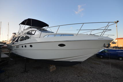 Azimut 46 Flybridge for sale in United Kingdom for £179,950