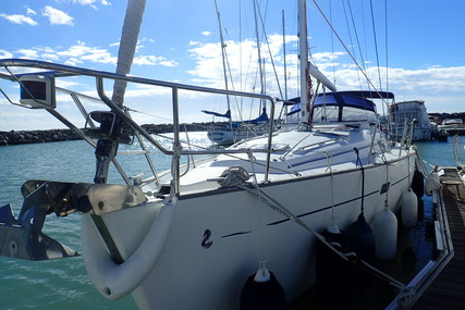 Beneteau Oceanis 411 for sale in France for £69,950