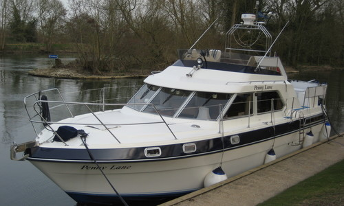 Image of Fairline Turbo 36 for sale in United Kingdom for 59.950 £ Boats.co. HQ, Essex Marina, United Kingdom