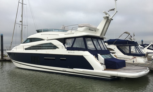Image of Fairline Squadron 60 for sale in United Kingdom for £899,950 Boats.co. HQ, Essex Marina, United Kingdom