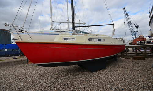 Image of Snapdragon 747 for sale in United Kingdom for £5,950 Boats.co. HQ, Essex Marina, United Kingdom