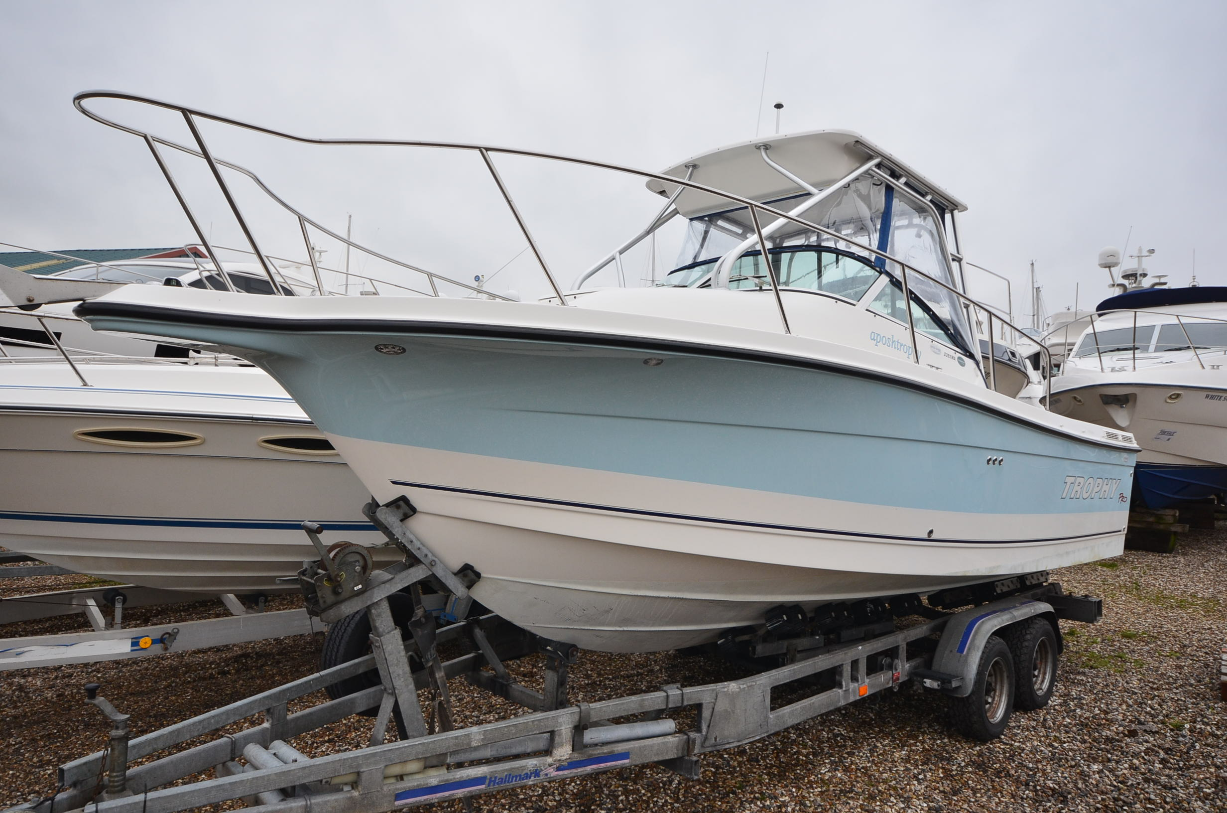 Image of Bayliner 2352 Walkaround for sale in United Kingdom for £28,950  Boats.co ...