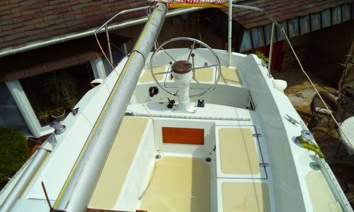 Image of Ericson Yachts 27 for sale in United States of America for $18,900 (£14,238) Spencer, West Virginia, United States of America