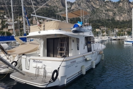 Beneteau Swift Trawler 34 for sale in France for €168,000 (£150,375)