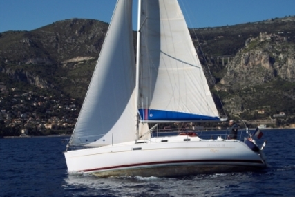 Beneteau Oceanis 311 Clipper for sale in Italy for €37,000 (£32,568)