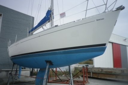 Beneteau First 41S5 for sale in France for €32,000 (£28,043)