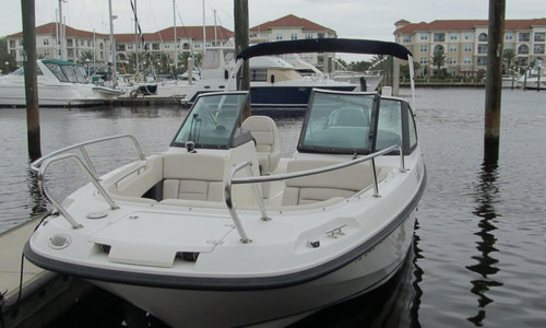 Image of Boston Whaler 230 Vantage for sale in United States of America for $89,900 (£69,782) Jacksonville, Florida, United States of America