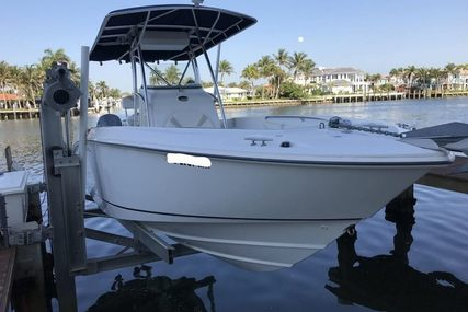 Boston Whaler 270 Outrage for sale in United States of America for $49,950 (£35,658)
