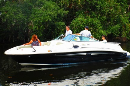Sea Ray 240 Sundeck for sale in United States of America for $20,500 (£15,235)