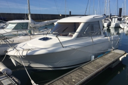 Jeanneau Merry Fisher 645 for sale in France for €22,900 (£19,949)