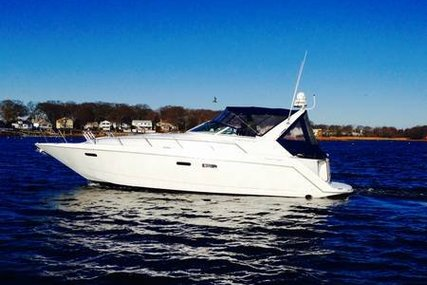 Chris-Craft 380 Continental for sale in United States of America for $62,500 (£48,676)