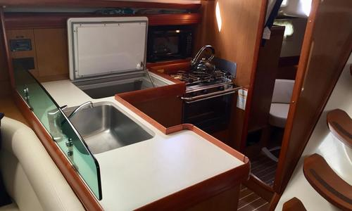 Image of Jeanneau Sun Odyssey 42 DS for sale in United States of America for $172,500 (£121,172) St. Peterburg, Florida, United States of America