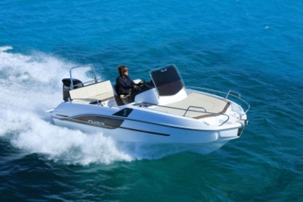 Beneteau Flyer 5.5 Sundeck for sale in France for €31,700 (£27,768)