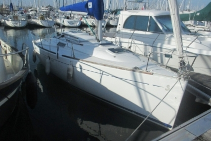 Beneteau First 260 Spirit for sale in France for €24,900 (£21,811)