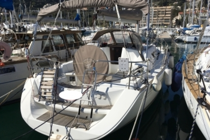 Jeanneau Sun Odyssey 36i Performance for sale in France for €90,000 (£78,940)