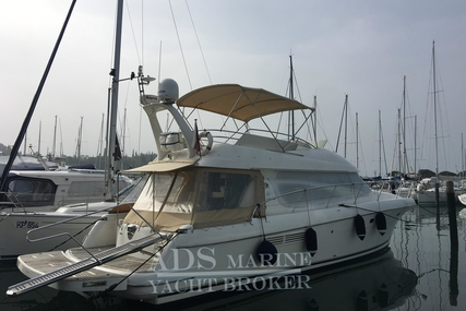 Jeanneau Prestige 46 for sale in Slovenia for €199,000 (£174,650)