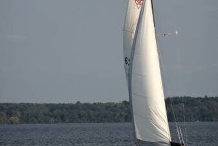 Catalina 30 for sale in United States of America for $15,000 (£11,256)