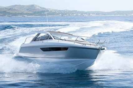 Sealine S330 for sale in Spain for £199,950
