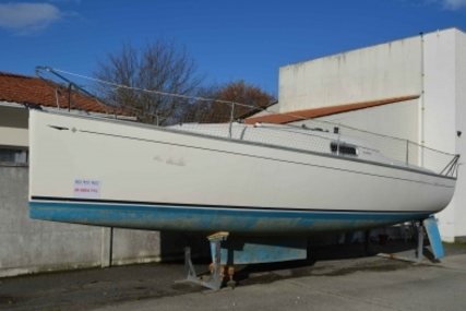 Jeanneau Sun 2500 Lifting Keel for sale in France for €19,000 (£16,643)