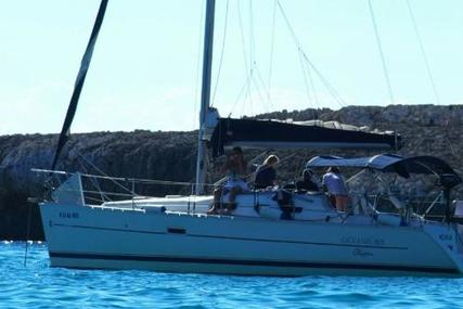 Beneteau Oceanis 323 Clipper for sale in Spain for €41,500 (£36,406)