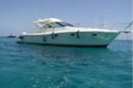 Uniesse Marine UNIESSE 42 OPEN for sale in Italy for €165,000 (£144,629)