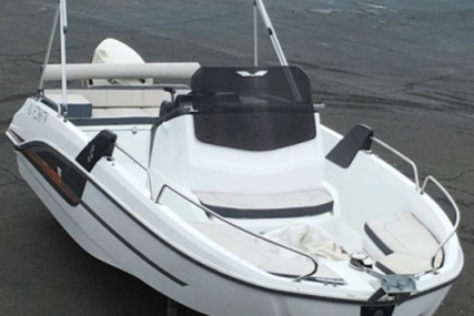 Beneteau Flyer 6 Spacedeck for sale in France for €29,500 (£25,966)
