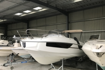 Beneteau Flyer 7.7 Sundeck for sale in France for €56,700 (£49,809)