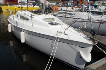 Jeanneau Sun Odyssey 24.2 for sale in France for €12,000 (£10,511)