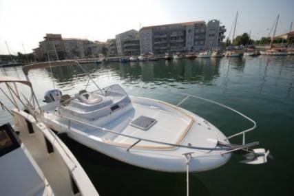 Jeanneau Cap Camarat 7.5 WA for sale in France for €39,500 (£34,598)