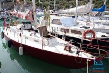 Buchanan 37 for sale in Spain for €8,950 (£7,855)