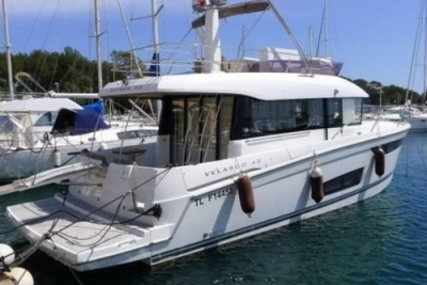 Jeanneau Velasco 43F for sale in France for £299,000