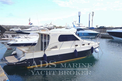 Nautica Sea World 34 for sale in Croatia for €112,500 (£100,486)