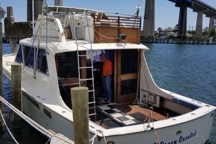 Hatteras 41 C for sale in United States of America for $35,600 (£26,715)