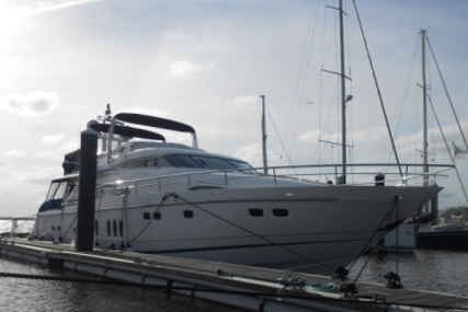 Fairline Squadron 74 for sale in Portugal for €825,000 (£736,831)