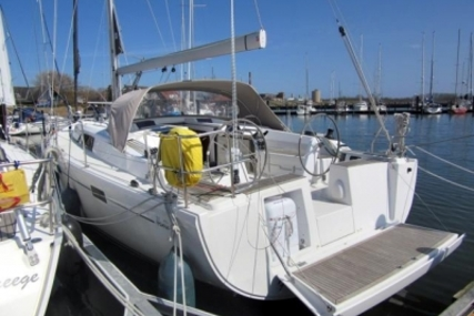 Hanse 415 for sale in Germany for €149,000 (£131,623)
