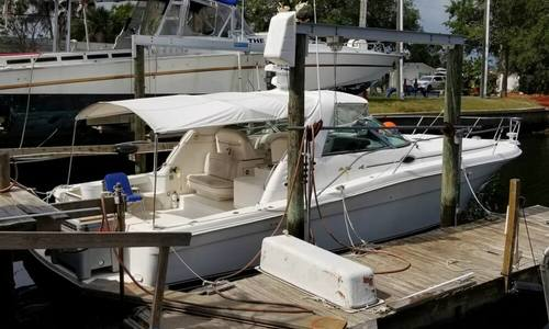 Image of Sea Ray 370 Express Cruiser for sale in United States of America for $78,995 (£61,158) Hudson, Florida, United States of America